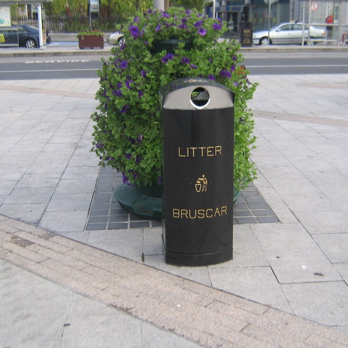 Mk4 Litter Bin Street Furniture Suppliers Larkin